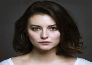Pınar Töre Kimdir?